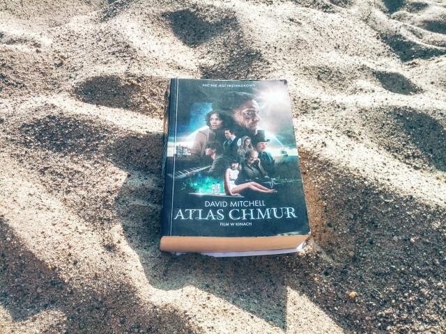 """""""Atlas chmur"""" – uderza do głowy mocniej niż alkohol"""